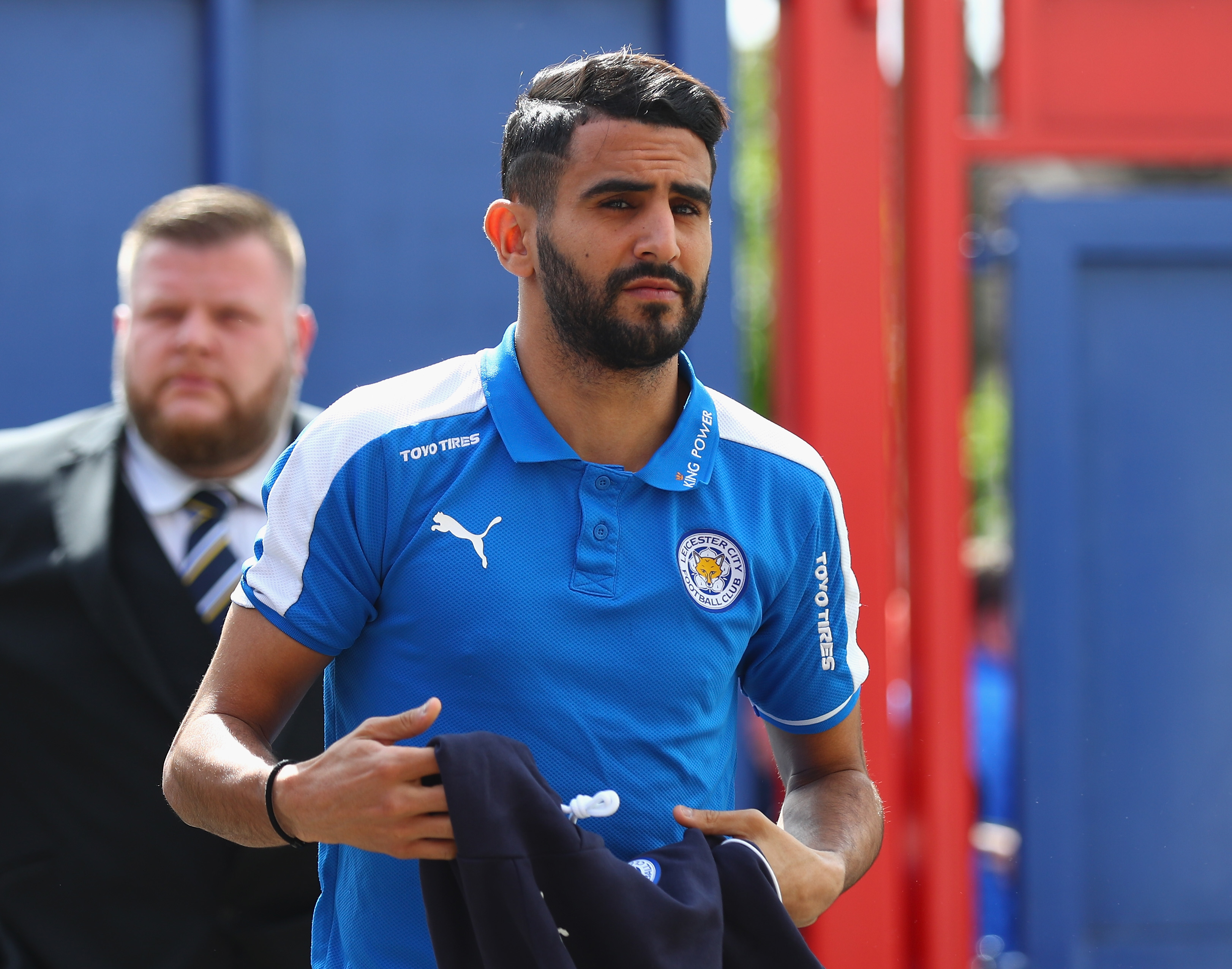 Everton set to challenge Roma in the chase for Riyad Mahrez